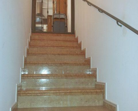 escalera bajada a garaje (2) - copia