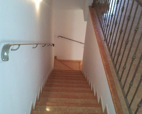 escalera bajada planta baja